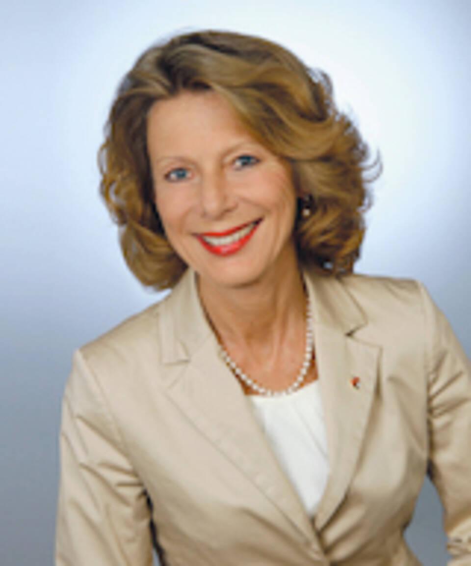 Dr. Iris Hauth