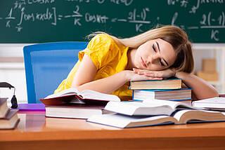 müde Schüler, Schlafmangel