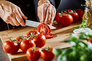 tomaten, gemüse, rohkost, gesunde ernährung, sekundäre pflanzenstoffe