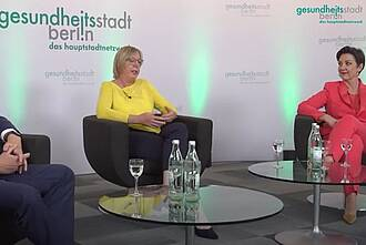 Experten beim Live-Talk über die Corona-Pandemie: Deutschland ist bisher mit einem blauen Auge davon gekommen, die ökonomischen Folgen der Krise sind aber im Gesundheitswesen jetzt schon spürbar (Im Bild: Ulrike Elsner (l) und Dr. Andrea Grebe)