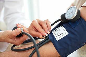 Erblicher Bluthochdruck: Berliner Forscher lüften Rätsel um seltene Erbkrankheit