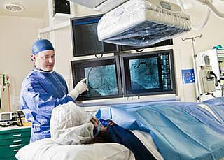 Mit einem Katheter gegen den Schlaganfall