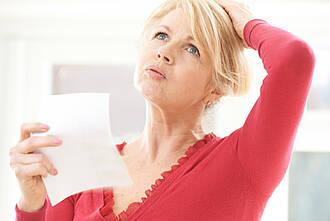 Hitzewallungen sind ein Symptom der weiblichen Wechseljahre