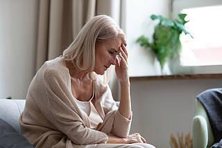 COVID-19 kann auch das Nervensystem schädigen. Neurologische Vorerkrankungen begünstigen Neuro-COVID