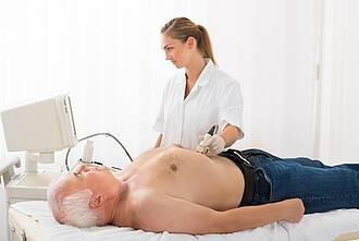 G-BA bescheinigt Ultraschalluntersuchung zur Früherkennung von Bauchaortenaneurysmen einen Nutzen – allerdings nur für Männer ab 65