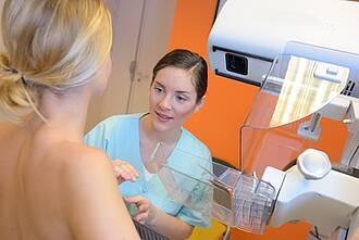 Mammograpghie-Screening: Bei sechs von 1000 Frauen wird Brustkrebs entdeckt