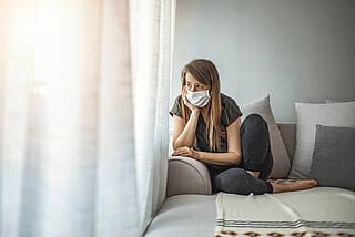 Geimpfte und geimpfte Genesene müssen nach einem Risiko-Kontakt nicht mehr in häusliche Isolation