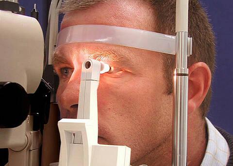 Streit um Glaukomvorsorge