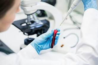 ATTR-Amyloidose: Das RNAi-Therapeutikum Patisiran hat die Phase III Studie bestanden. Jetzt ist es nur noch eine Frage der Zeit bis zur Zulassung
