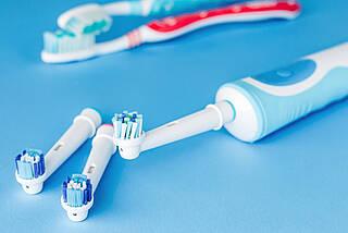 elektrische zahnbürste, zahnpflege, zähneputzen, zahncreme, mundgesundheit