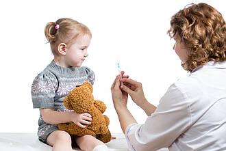 Kinder ja, Erwachsene nein: So lautet die Vorgabe der Kassenärztlichen Vereinigung bei Schutzimpfungen durch Kinderärzte.