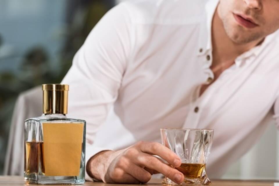 Alkohol am Arbeitsplatz, Alkoholismus, Kündigungsgrund