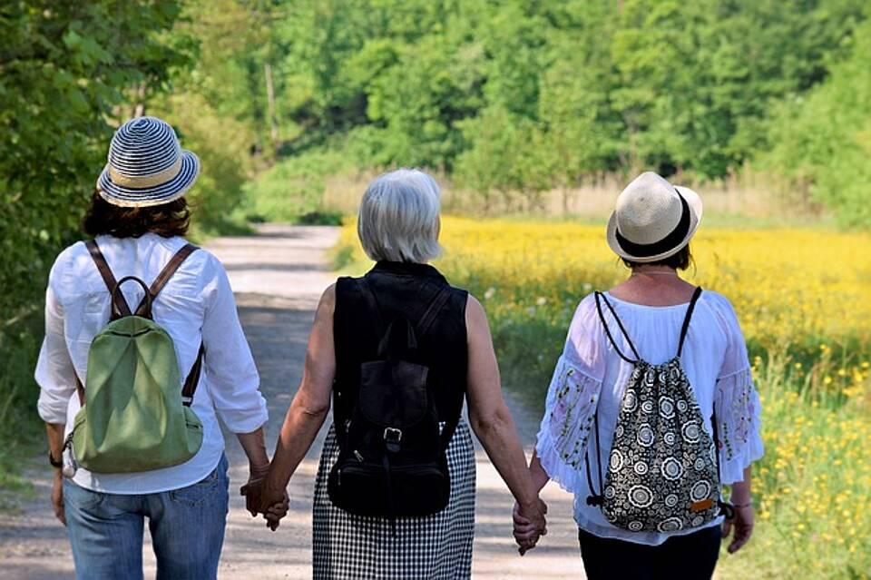 Abnehmender Östradiol-Spiegel lässt Frauen körperlich und geistig schneller altern