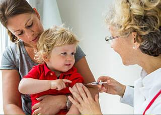 Masernwelle facht erneute Debatte um Impfpflicht an