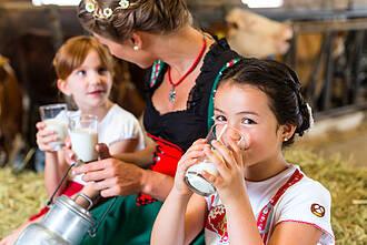 Rohmilch enthält mehr Omega-3-Fettsäuren als verarbeitete Milch