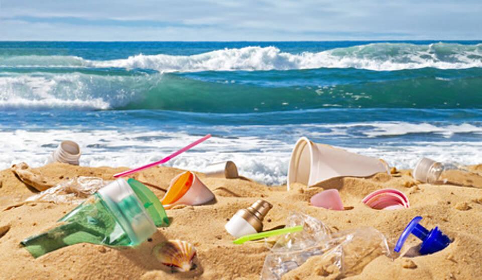 plastik, vermüllter strand, mikroplastik