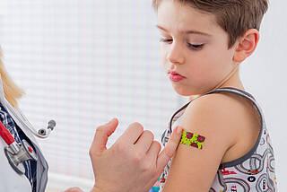 Kinder unter 12 sollten laut Impfkommission nicht gegen das Coronavirus geimpft werden