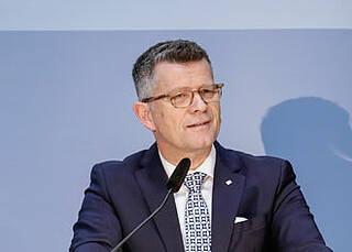 """Ethikratsvorsitzender Peter Dabrock zur Corona-Krise: """"Politik darf der Wissenschaft nicht hörig sein"""""""