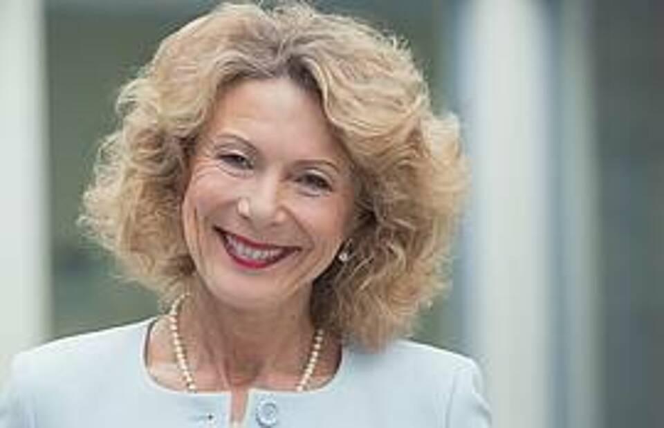 Psychiaterin Dr. Iris Hauth: Unsere Gesellschaft hat für die Bedrohung durch die Corona-Pandemie keine Bewältigungsstrategie