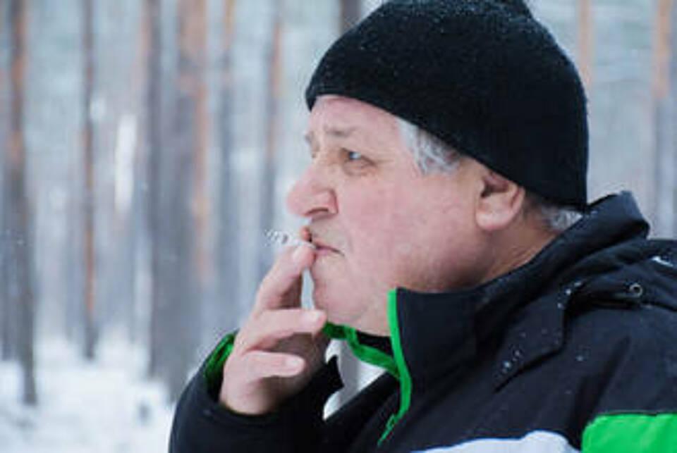 Eine Raucherlunge und das alter begünstigen eine COPD