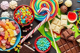 Kunterbunte Süßigkeiten.