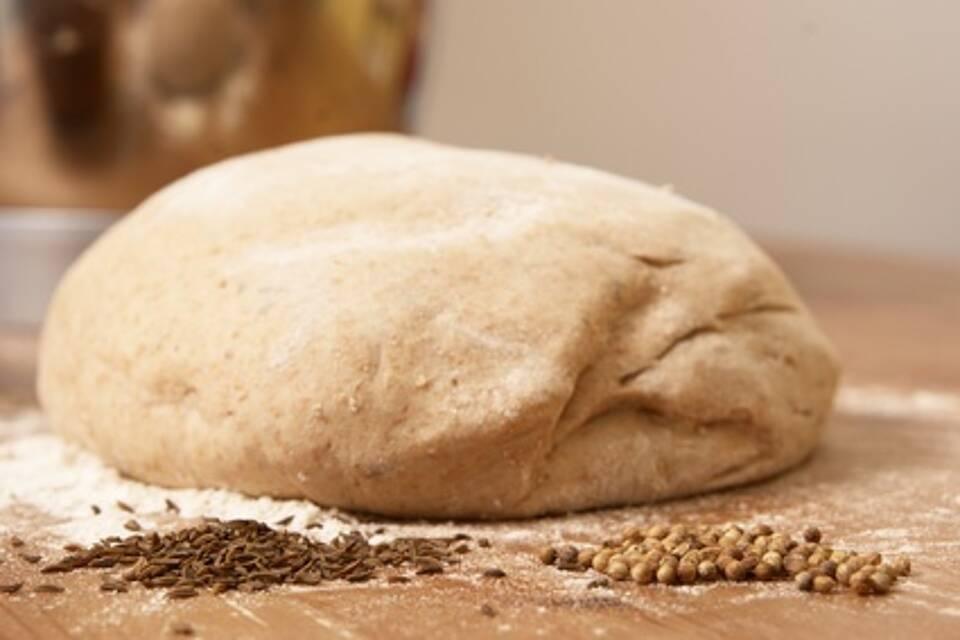 Brot, Reizdarm, FODMAP, Gehzeit, Backtechnik, Getreidesorten