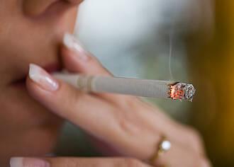 Lungenkrebs bald häufiger als Brustkrebs