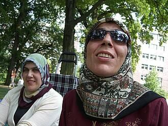 Mit einem neuen Angebot will die Berliner Krebsgesellschaft türkischsprachige Krebspatienten erreichen, die psychoonkologische Hilfe brauchen