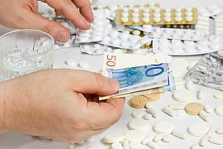 """Die Transparenz-Initiative der Pharmaindustrie legt Zahlungen an Ärzte offen. SPIEGEL-online und """"Correctiv"""" haben die brisanten Daten nutzerfreundlich aufbereitet"""