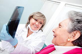 Auch Ältere brauchen noch eine gute Zahnarzt-Versorgung