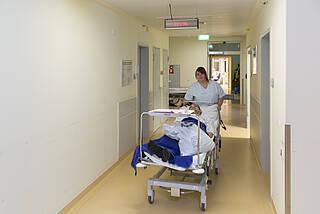 Bessere Pflege durch Personalquoten?