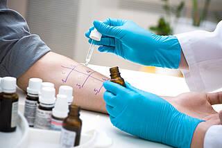 Bei den meisten Allergikern ist eine Corona-Impfung unbedenklich