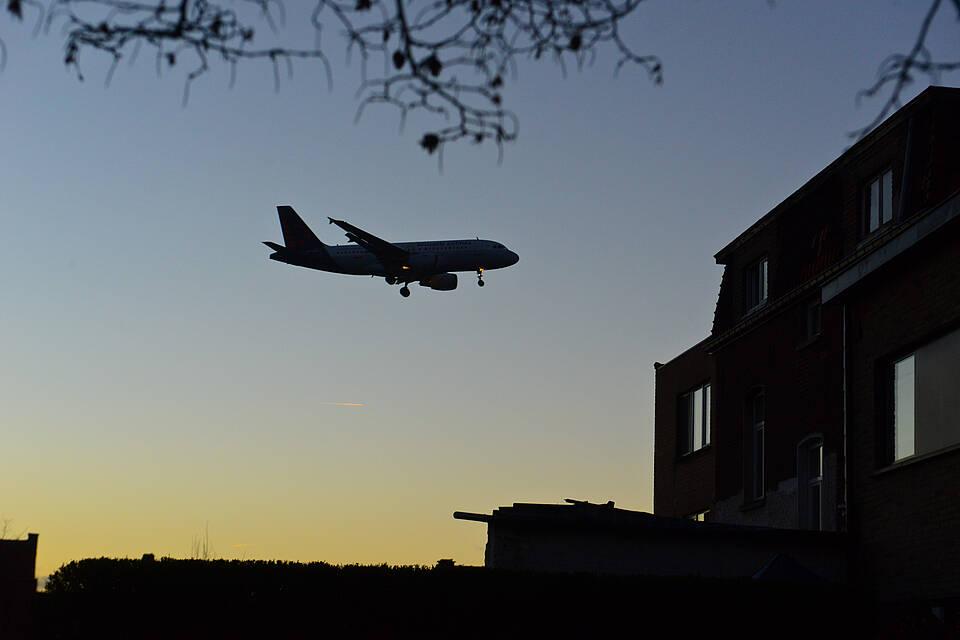Untersuchung vom Züricher Flughafen belegt: Fluglärm in der Nacht kann zum Herz-Kreislauf-Tod führen