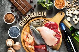 Ungünstig bei Gicht: purinhaltige Lebensmittel.