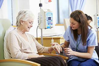 Krebsmediziner blicken am Weltkrebstag 2016 optimistisch in die Zukunft: Die Heilungschancen werden spürbar steigen