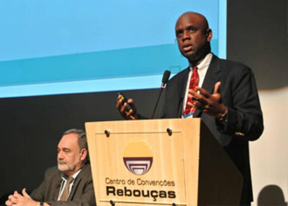 World Health Summit sagt Ebola den Kampf an