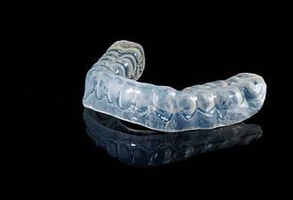 Aufbissschiene gegen Zähneknirschen