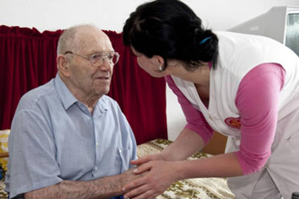 Bundestag verabschiedet Hospiz- und Palliativversorgung: Wollen das Sterben menschlicher machen