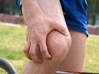 knie, knieschmerzen, gelenkschmerzen, arthrose, verletzung