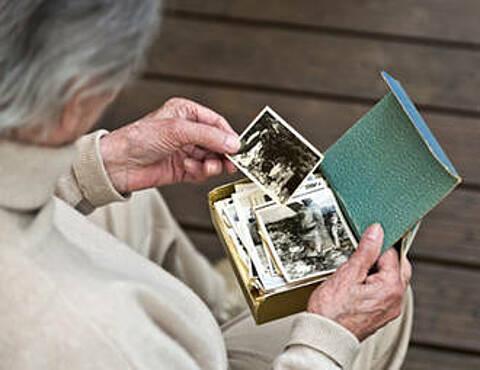 Eine posttraumatische Belastungsstörung in jungen Jahren verdoppelt das Risiko für eine Alzheimer-Demenz im Alter
