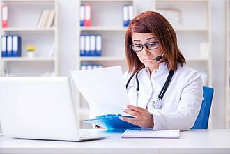 Online-Umfrage der DGHO: Die meisten Onkologen haben keine unmittelbaren Erfahrungen mit Methadon als Krebsmittel. Darum mussten viele bei bestimmten Fragen passen