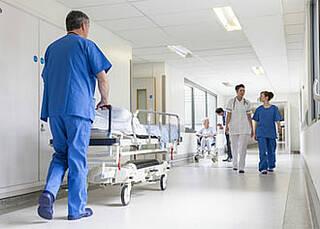 Extremkostenbericht des InEK: Universitätskliniken besonders von Kostenausreißern betroffen