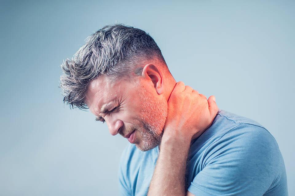 HWS-Syndrom, Schmerzen, Physiotherapie, IQWiG