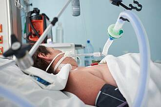 Das DIVI-Intensivregister gibt Auskunft über die Zahl der belegbaren Intensivbetten und Beatmungsplätze