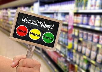 Lebensmittelampeln haben Einfluss auf die Kaufentscheidung der Verbraucher.