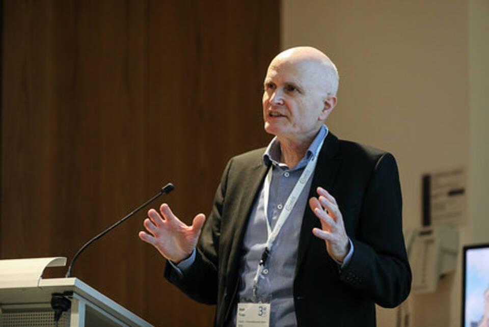 Charité-Dekan Prof. Axel Radlach Pries hat die Gründung von Charité 3R maßgeblich vorangetrieben. Am Dienstag hat das Zentrum für Tierversuchsalternativen eine erste Bilanz gezogen