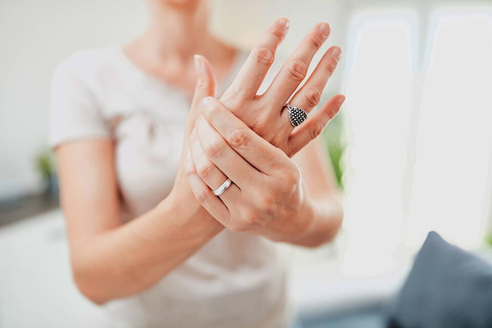 Wahrnehmungsstörungen nach Nervenverletzung betroffen oft auch die spiegelverkehrte Seite