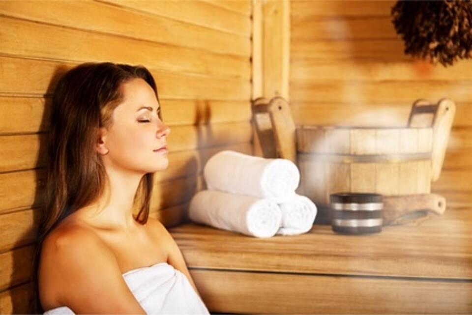 Kontaktlinsen in der Sauna, Kontaktlinsen, Saune, Hornhautinfektion