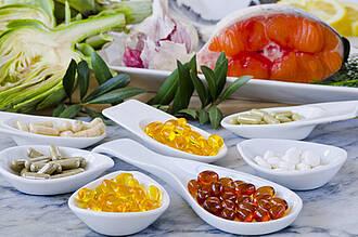 Nahrungsergänzungsmittel, Vitamine, Mineralstoffe, Vitaminpräparate