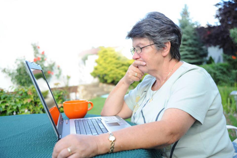 pflegeheim, pflegende angehörige, pflegebedingungen, pflegequalität, pflege
